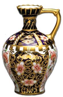 Royal crown derby imari pattern vase