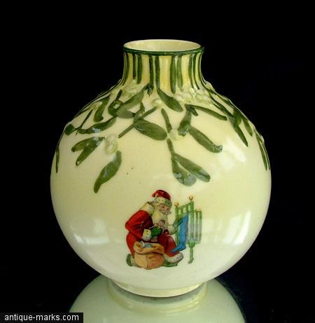Antiques Collection - Doulton Xmas Decoration
