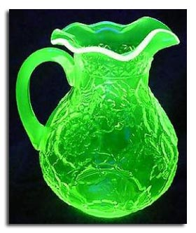 antique terms glossary  - vaseline glass jug