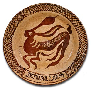 Slip ware plate by Bernard Leach, Earthenware with slip trailed and sgraffito design, around 1950