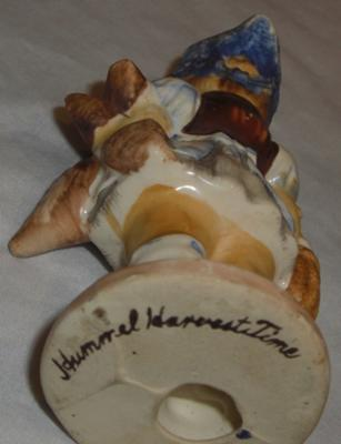 signature mark on Hummel Girl Figurine