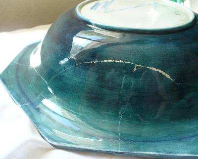 Damage to underside of Bowl